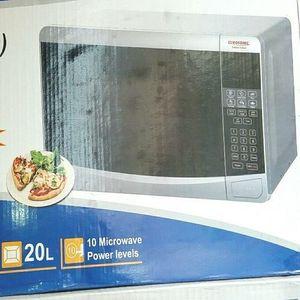 Eurosonic 20 Ltr -Bake +Re Heating+Toast +Top Grilling Oven +BBQ Function+1 Free Baking Pan +2 Free Cupcake Pan + Free Key Holder